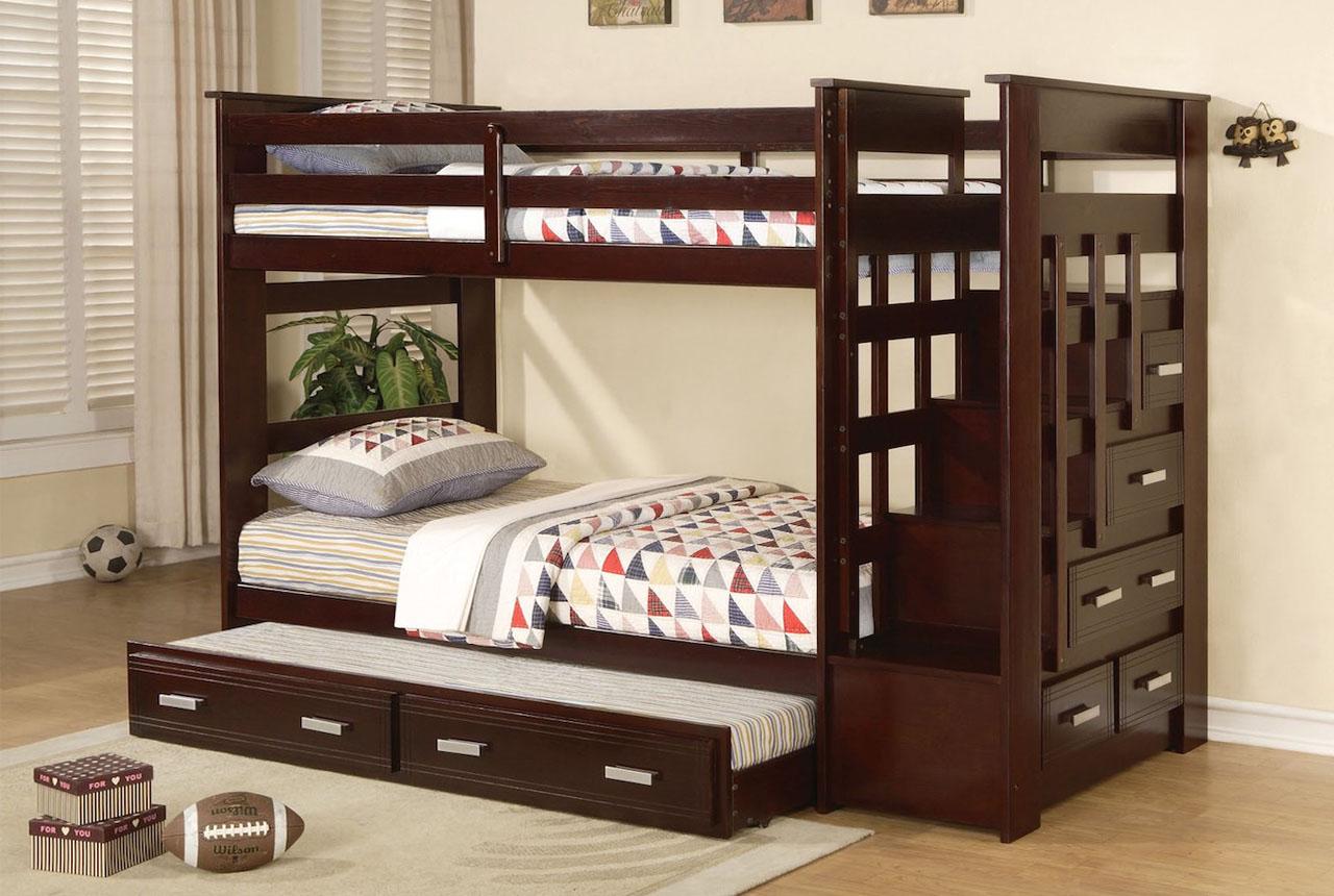 Красивые двухъярусные кровати в дизайне детской