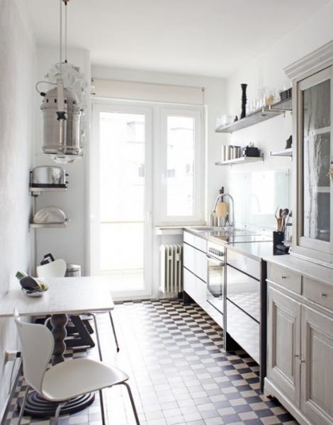 Кухонные столы для маленькой кухни – фото 5