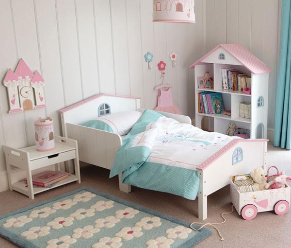 Кровать с твердыми бортиками - 1