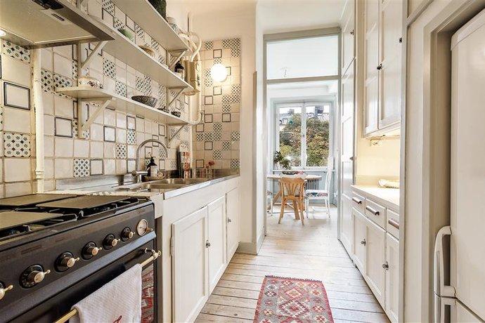 Планировка кухни 10 кв м с балконом - фото 5