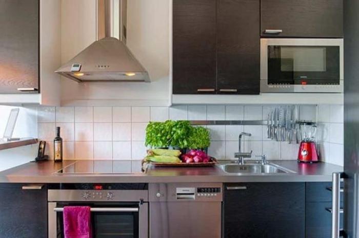 Планировка кухни 10 кв м - фото 3