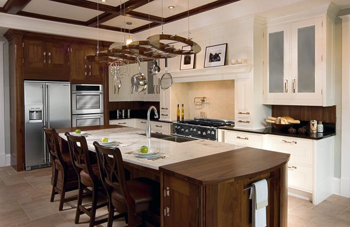 Дизайн потолка в маленькой кухне 2