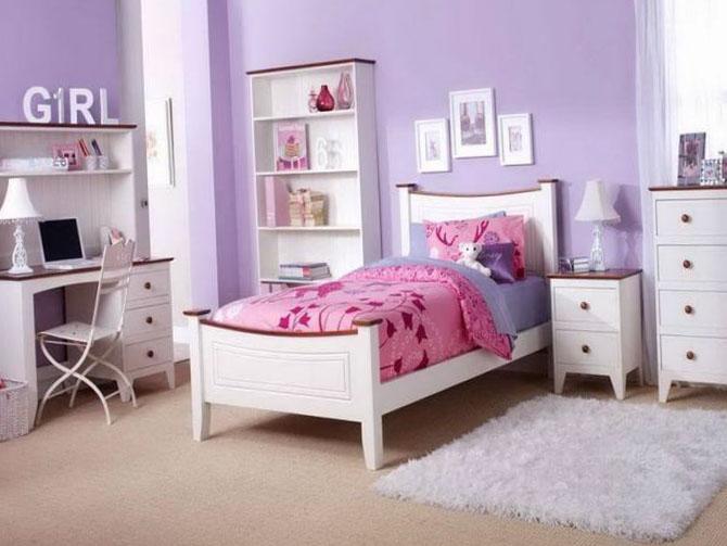 Спальня в розовых и фиолетовых оттенках