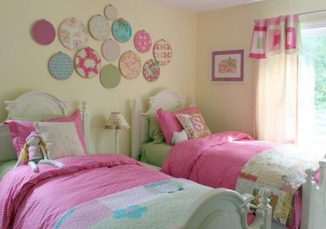 Спальня в розовых и фиолетовых оттенках - фото 2