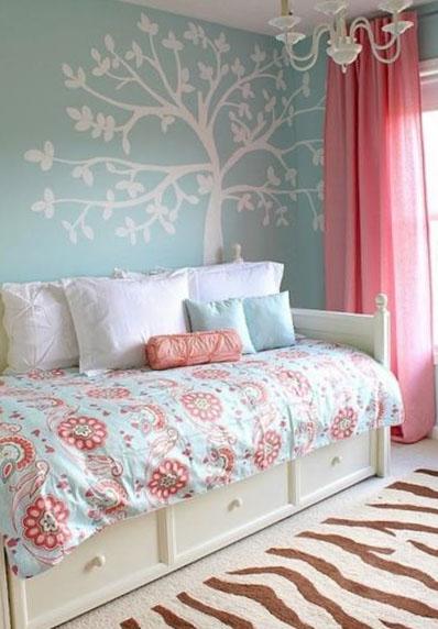 Спальня в оттенках голубого