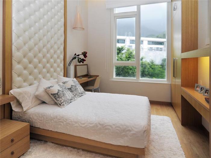 Интерьер спальни маленького размера - фото 6