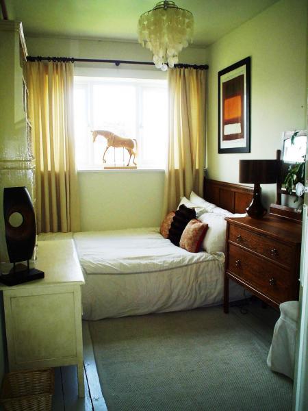 Дизайн маленькой спальни - фото 9