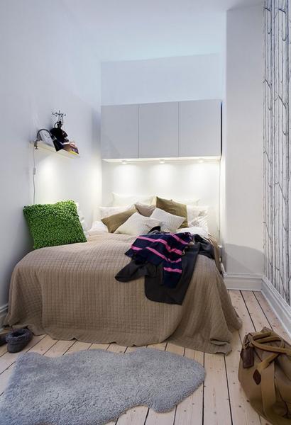 Особенности дизайна маленькой спальни без окон 3
