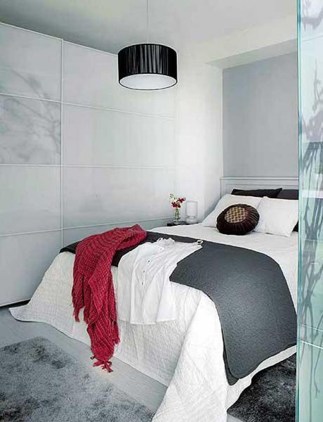 Особенности дизайна маленькой спальни без окон 4