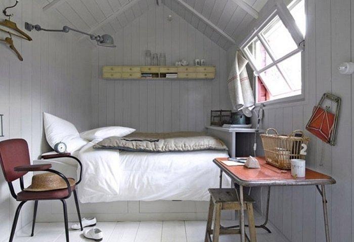 Дизайн спальни маленького размера 12