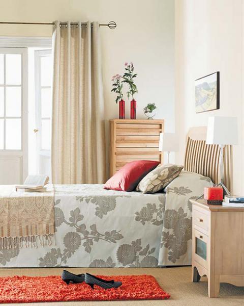 Дизайн спальни маленького размера 13