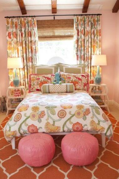 Спальня в розовых и фиолетовых оттенках - фото 4