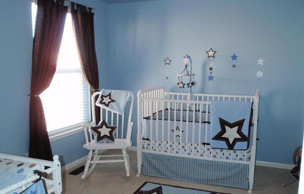 Кроватка с колесиками - 1