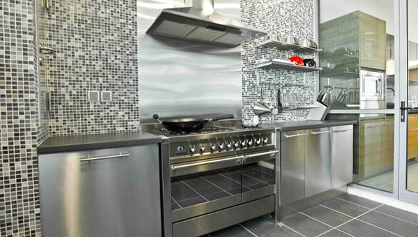 Металлическая кухня от Икеа - 1