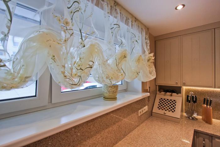Красивый дизайн штор для кухни - фото