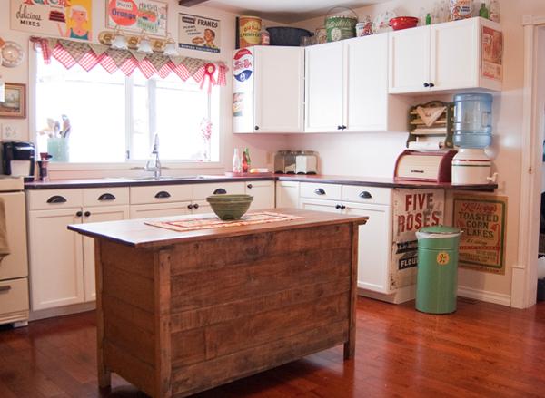 Кухонный гарнитур (ретро) – 1