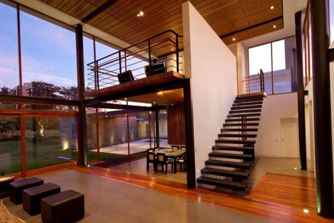 Стили лестниц на второй этаж