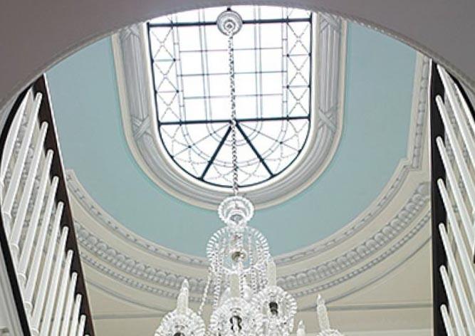 Дизайн лестниц на второй этаж: фото