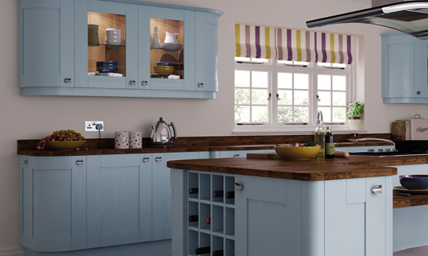 Мебель для кухни в голубых тонах– 1