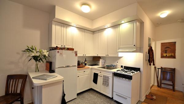 Кухня в светлых тонах - 7