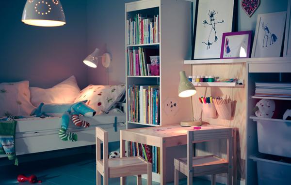 Мебель Икеа для детской (столик) – 2
