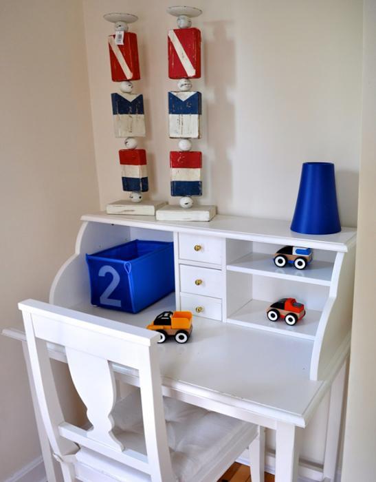 Мебель Икеа для детской (столик) – 4