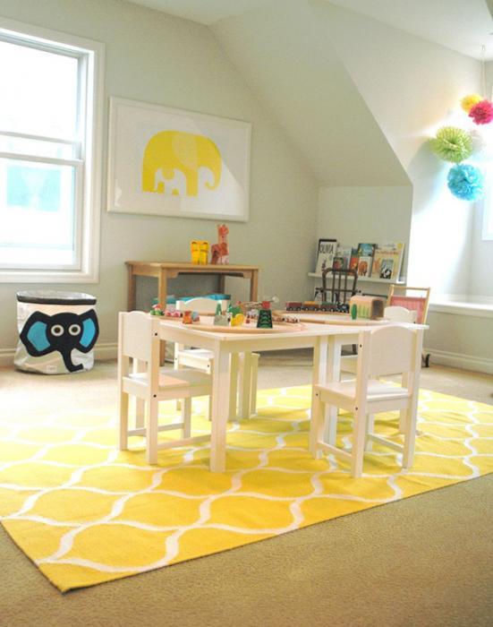 Мебель Икеа для детской (столик) – 6