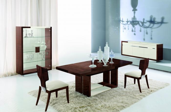Обеденный стол в гостинной:фото 3