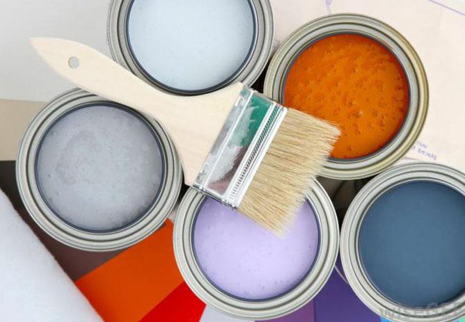 Интерьер при помощи обоев под покраску своими руками