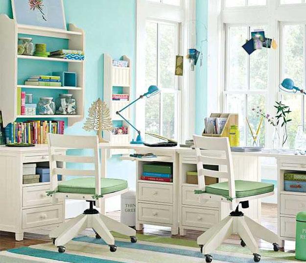 Стол для двоих школьников