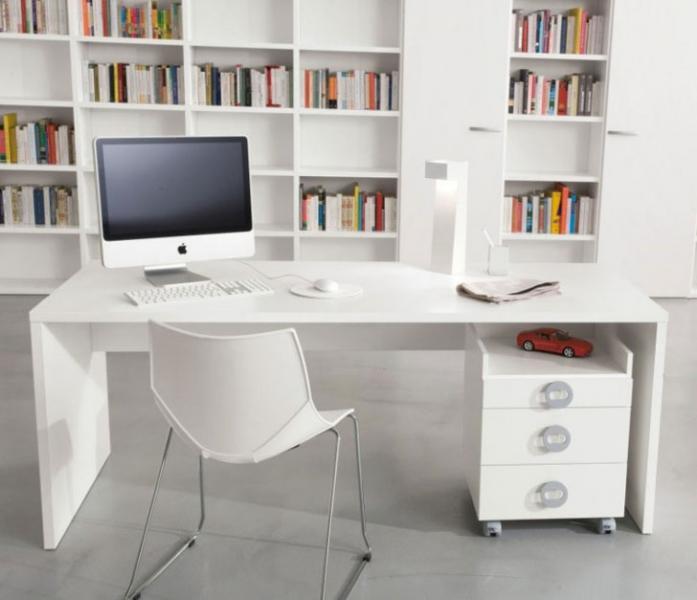 Выбираем материал для письменного стола 17