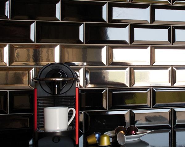 Плитка в интерьере кухни (фартук) - 5