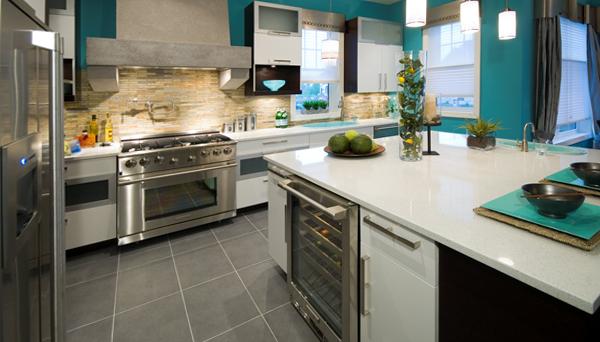 Плитка в интерьере кухни (каменная) – 1