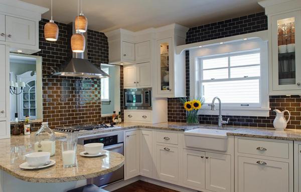 Плитка в интерьере кухни (кирпичная укладка) – 1