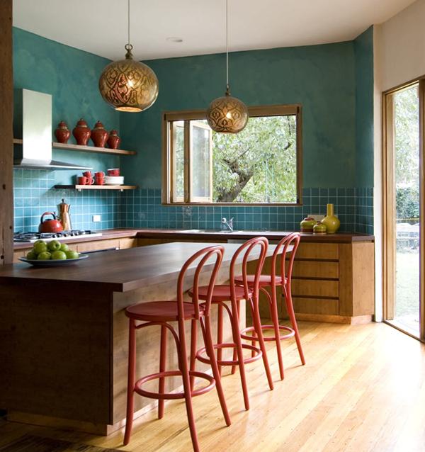 Плитка в интерьере кухни (комбинирование) – 1