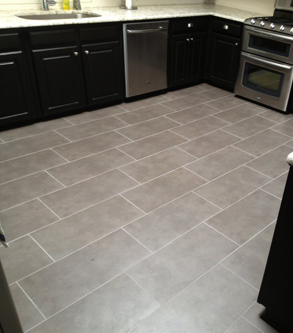 Плитка в интерьере кухни (напольная) – 1