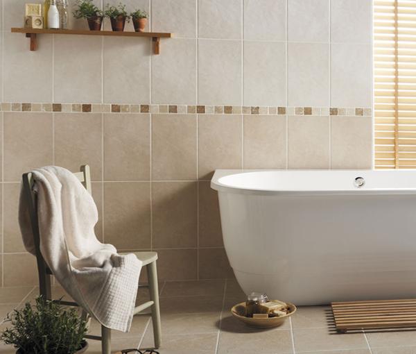 Плитка разных цветов в винтерье ванной - 1