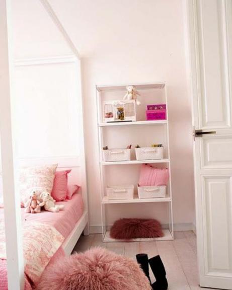 Спальня в розовых и фиолетовых оттенках - фото 5