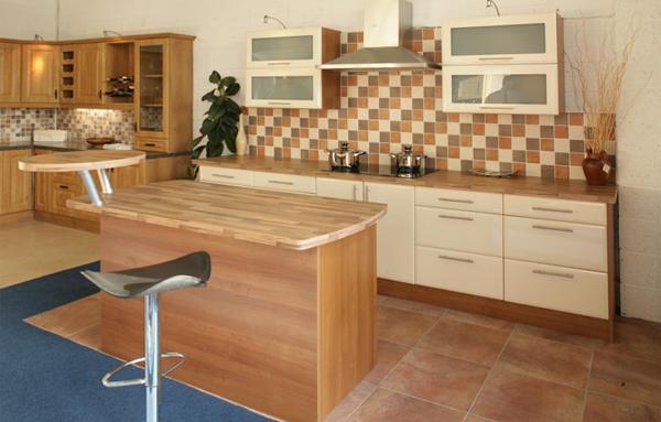Плитка в интерьере кухни (укладка «шов в шов») - 2