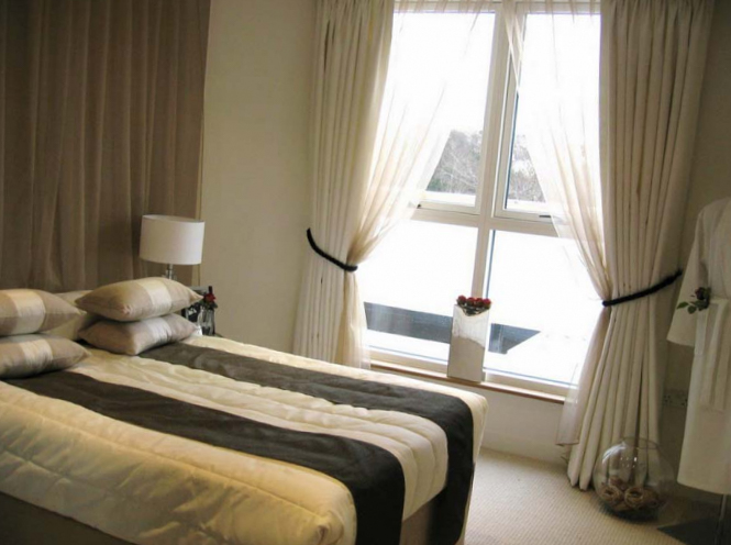 Шторы для спальни должны нести комфорт фото 6