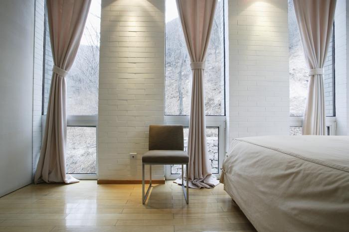 Шторы для спальни должны нести комфорт фото 8