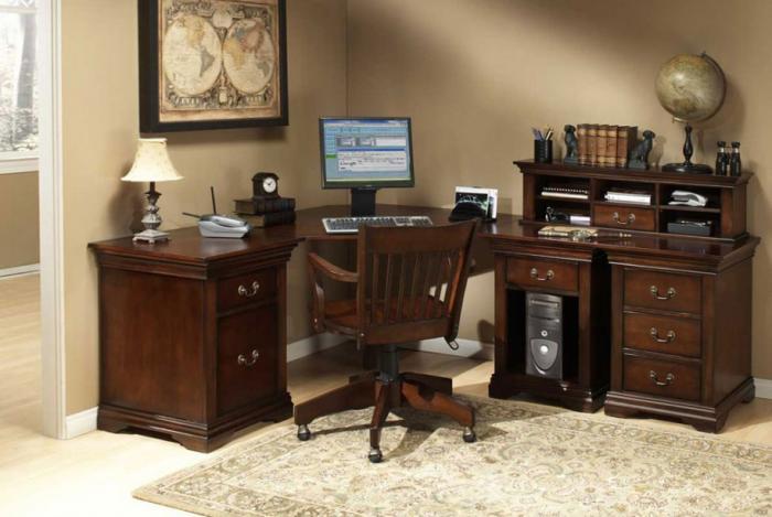 Письменный стол с тумбой 2