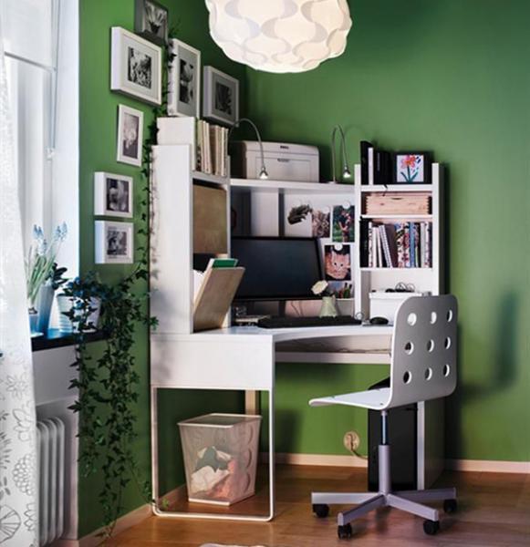 Письменный стол с подсветкой 3