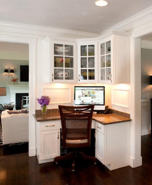 Письменный стол с тумбой 3