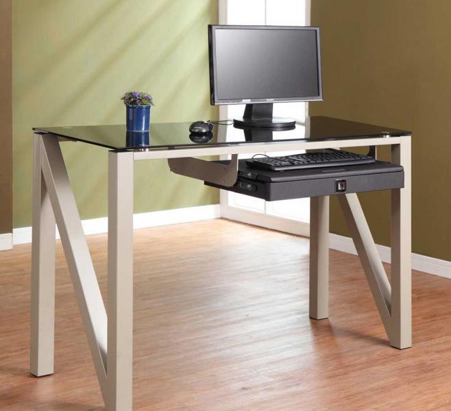 Металлический стол 2