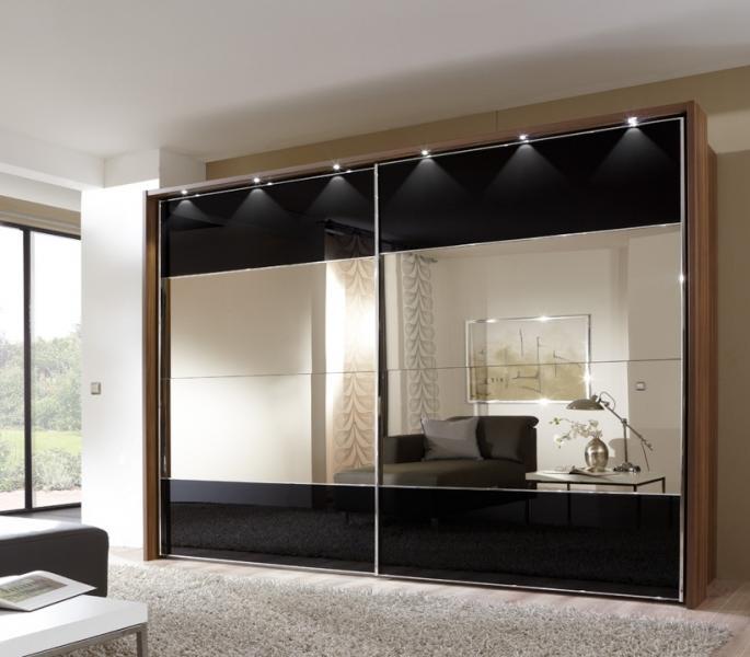 Варианты отделки и дизайна шкафа-купе в спальню