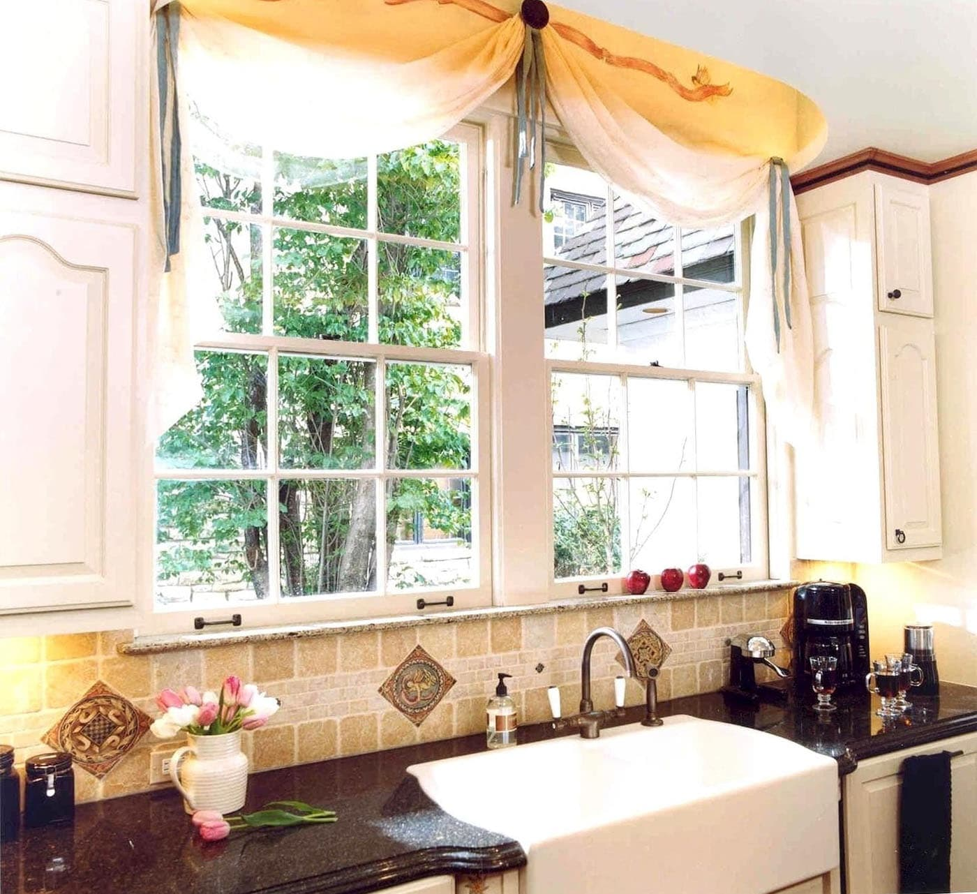 Картинка кухонного окна