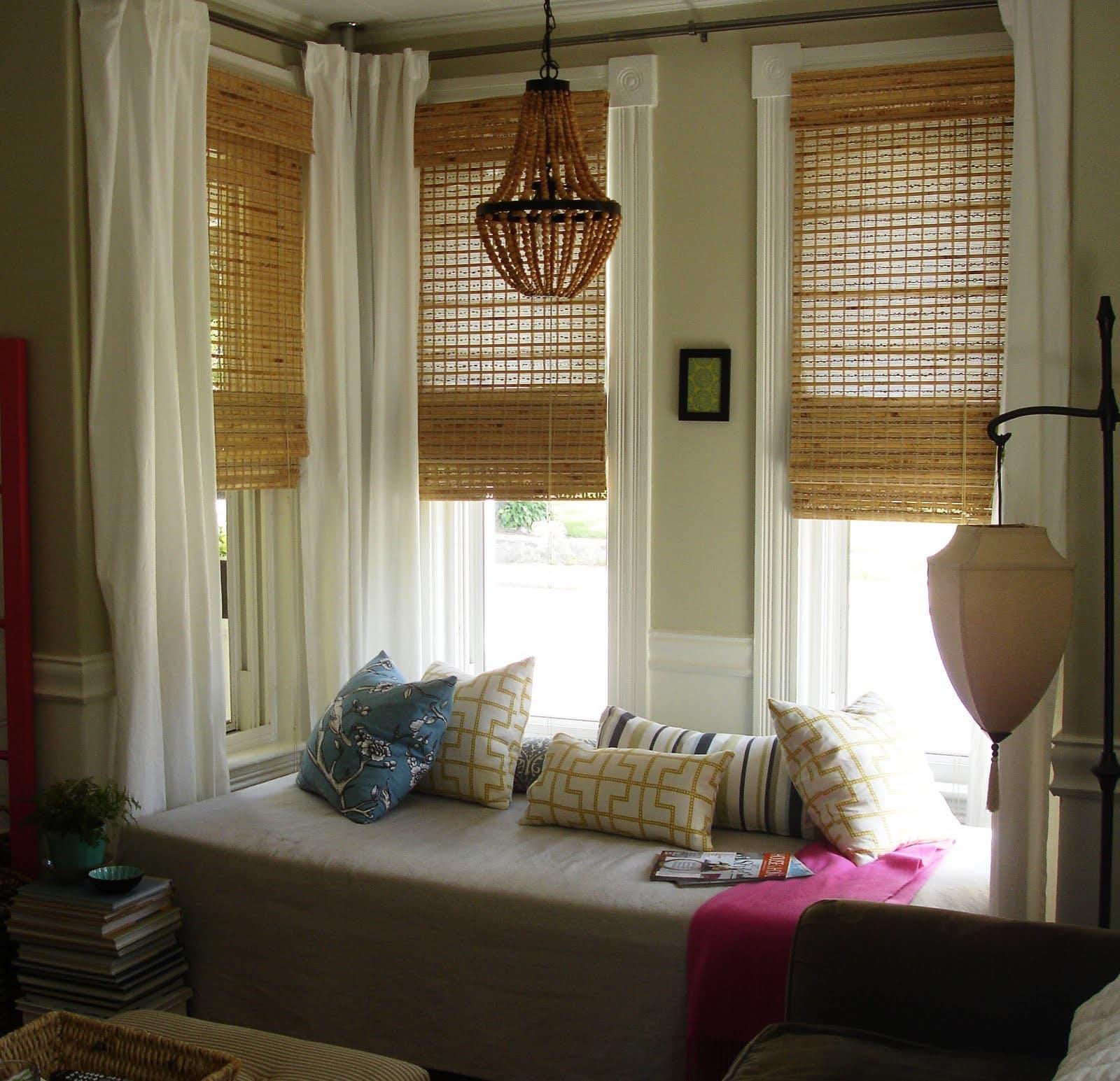родные окно уютным без штор фото пугачева