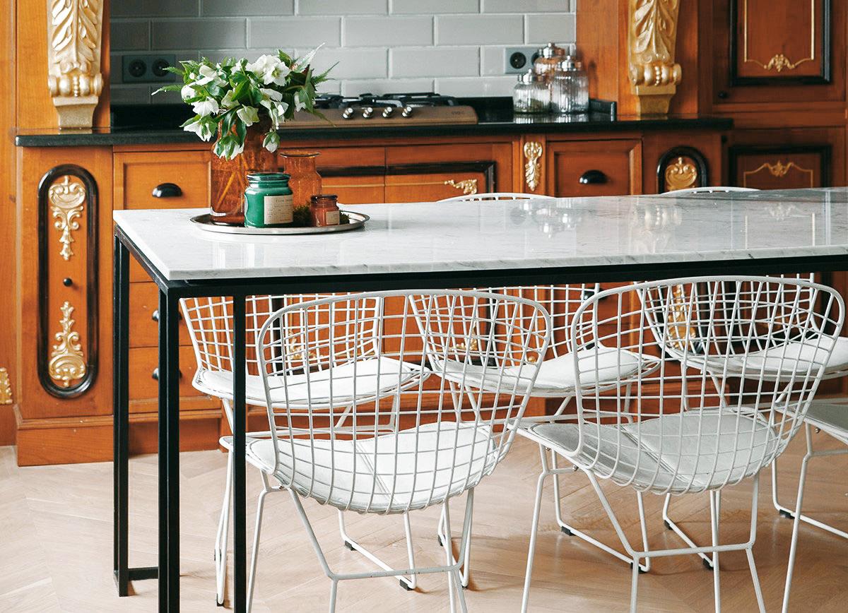 Изготовление столов/консолей на заказ со столешницей из мрамора