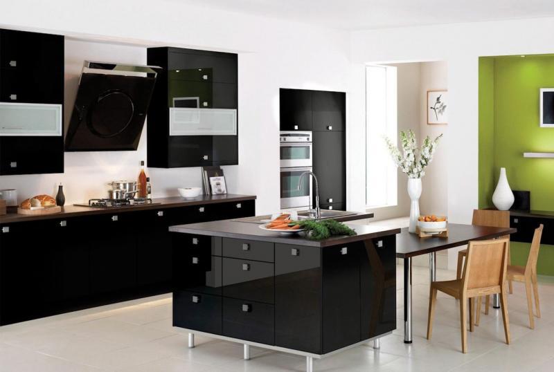 Кухонные гарнитуры (90 фото)